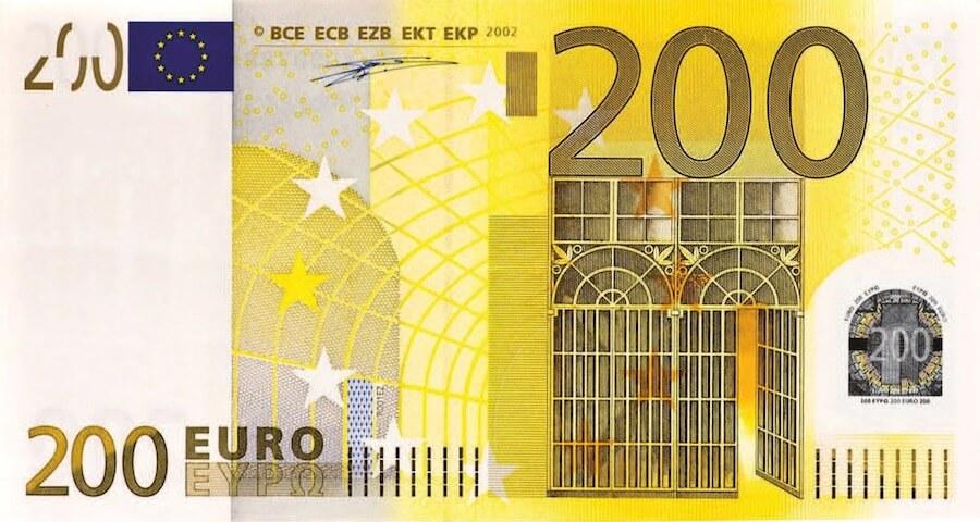 zaino fotografico sotto 200 euro
