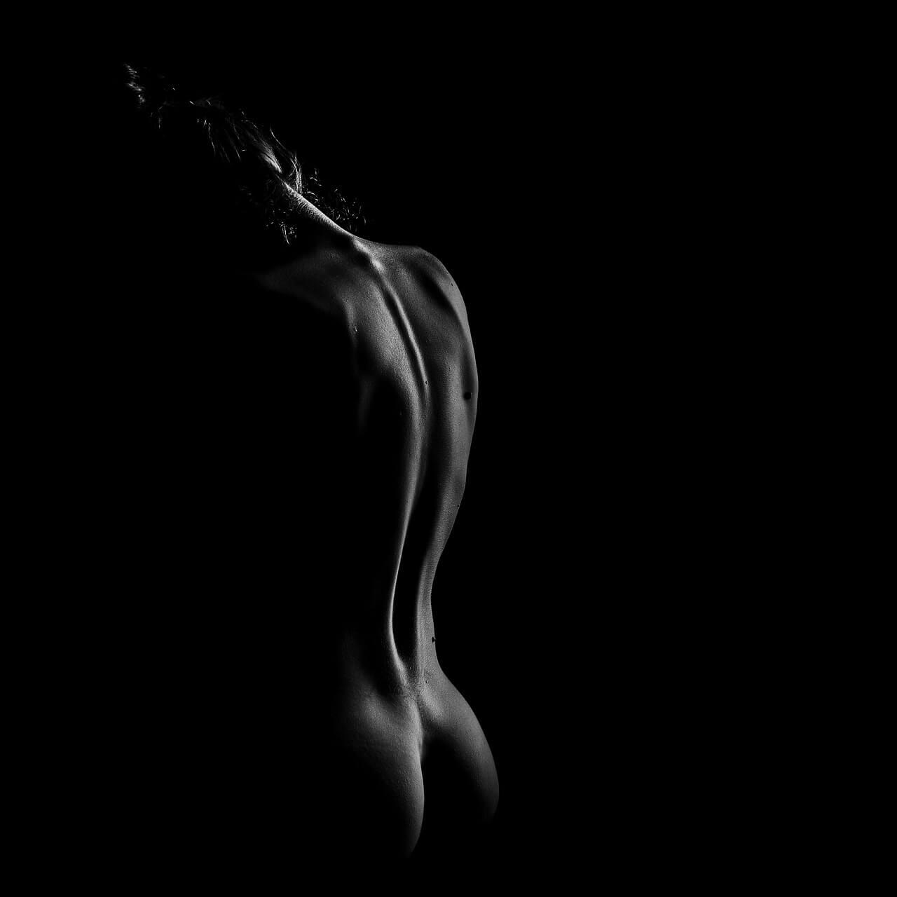 nudo-silouette